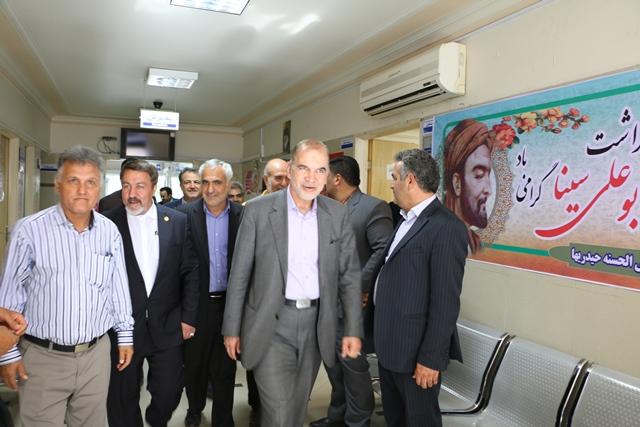 بازدید معاون وزیر تعاون از درمانگاه خیریه حیدری های ورامین
